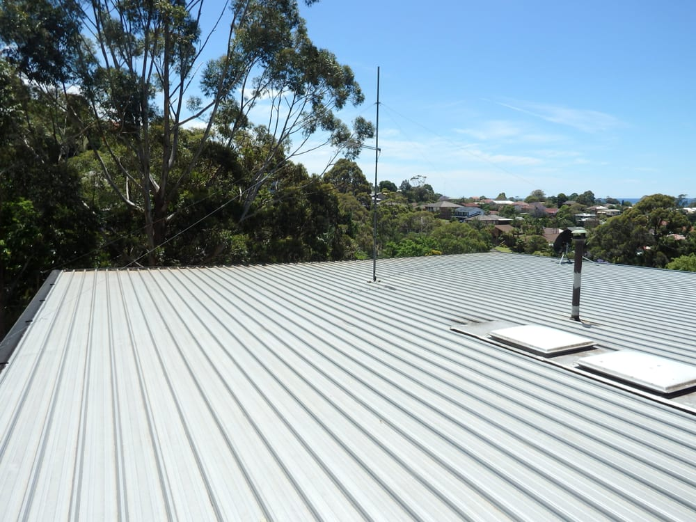 Flat aluminium roof top under the hot sun